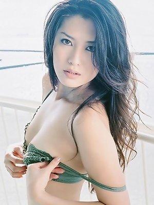 Radiant asian beauty looks...